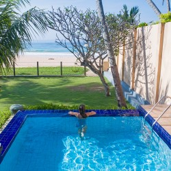 Saldana Beach Villa pool. Book securely online at Colonial Villas in Sri Lanka