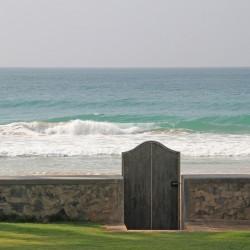 Sisindu C Beach Villa Step through your private gates to access the beach
