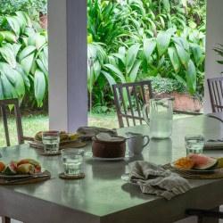 Siri Wedamadura Villa Mirissa fresh breakfast under the verandah