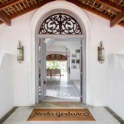 Meda Gedara Beach Villa captures architectural glimpses from Bawa, Dutch Colonial and the Portuguese Period