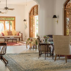 Meda Gedara Beach Villa provides insight into the magnificence of Sri Lankan wood carving, seen here in doors