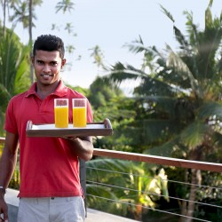Talalla Beach Villa Dikwella welcomes you with a Sri Lankan smile