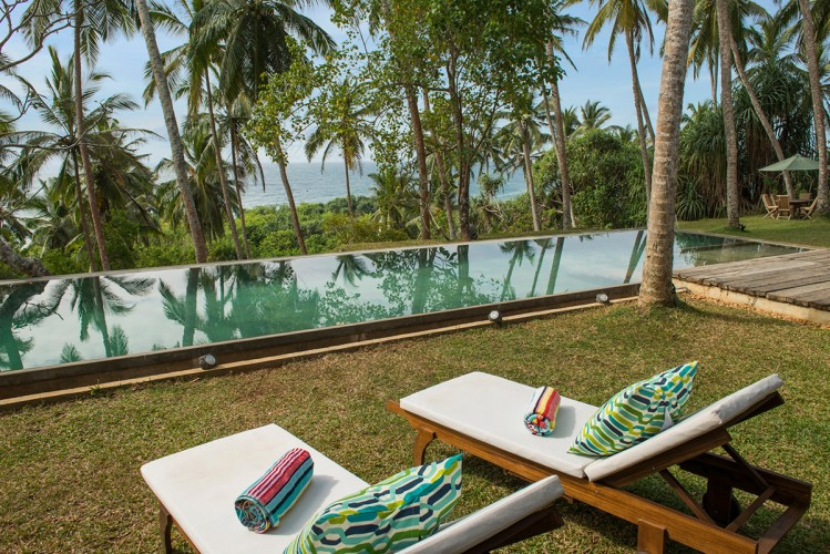 Walatta House in Tangalle sunlounges line the pool sides