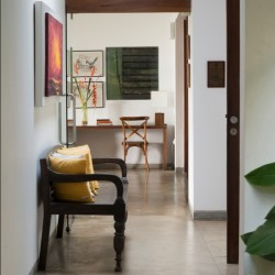 Every hallway and room creates height an contemporary design at Maggona
