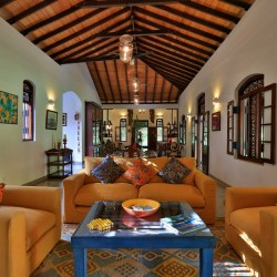 Villa Sepalika is Unawatuna's locale for comfortable lounging in the Colonial lounge room