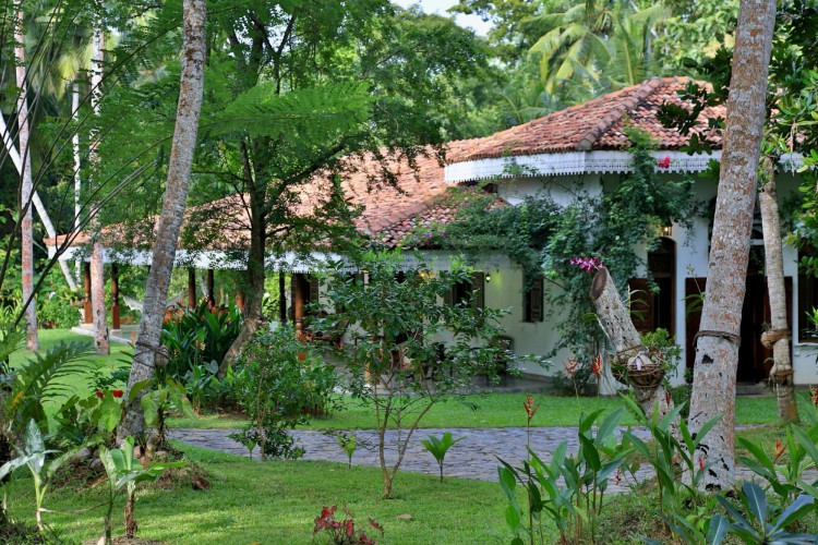 The Villa Sepalika view from the driveway is almost blase