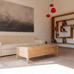 A sitting area featuring contemporary artefactsModern Luxury Villa Wambatu