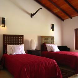 Single bedroom at Lake View Villa Hikkaduwa